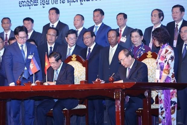 New progress in land border demarcation between Vietnam, Cambodia hinh anh 1