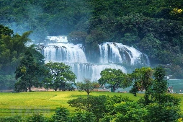 Ban Gioc waterfall festival kicks off in Cao Bang hinh anh 1
