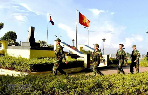 Vietnam, Cambodia work to build common border of peace hinh anh 1