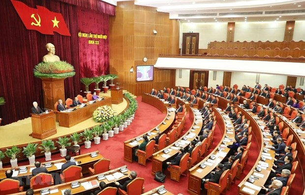 First working day of Party Central Committee's 11th session hinh anh 1