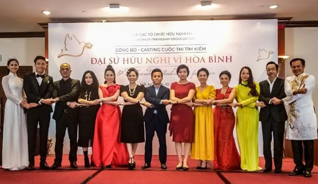 Hanoi seeks friendship ambassador for peace hinh anh 1