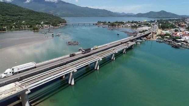 Hai Van Tunnel 2 nears completion hinh anh 1