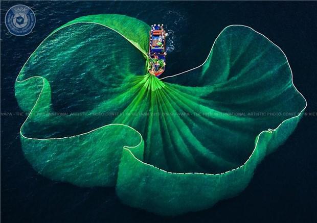 Vietnam wins 26 awards at 10th international artistic photo contest hinh anh 1
