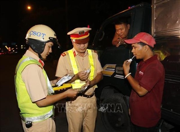 68 percent of people consuming liquor drive home: study hinh anh 1
