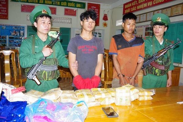 Quang Binh: biggest trans-border drug trafficking ring busted hinh anh 1