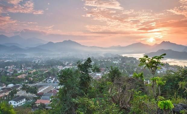 Laos, Vietnam join hands to promote tourism hinh anh 1