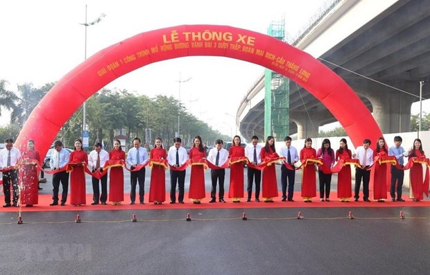 Section of Hanoi's ring road No.3 open to traffic hinh anh 1