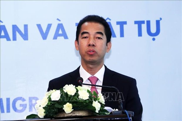 Vietnam joins global efforts to promote legal migration: Deputy FM hinh anh 1