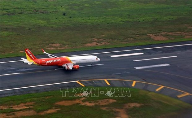 Vietjet reschedules flights to Japan due to super typhoon Hagibis hinh anh 1