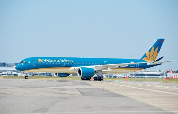 Vietnam Airlines reschedules flights to Japan as strong typhoon nears hinh anh 1