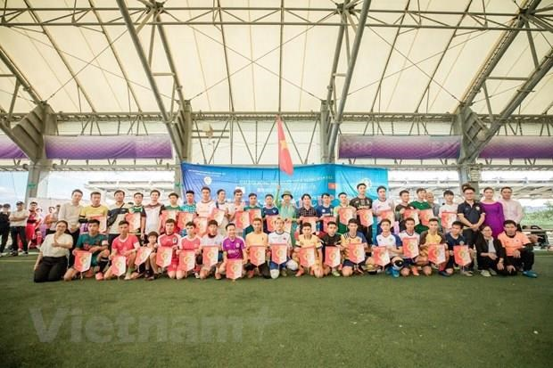 Football tourney in Japan supports Vietnamese people after disaster hinh anh 1
