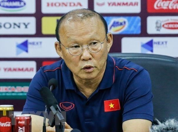 Coach Park confident of Vietnam's win against Indonesia hinh anh 1