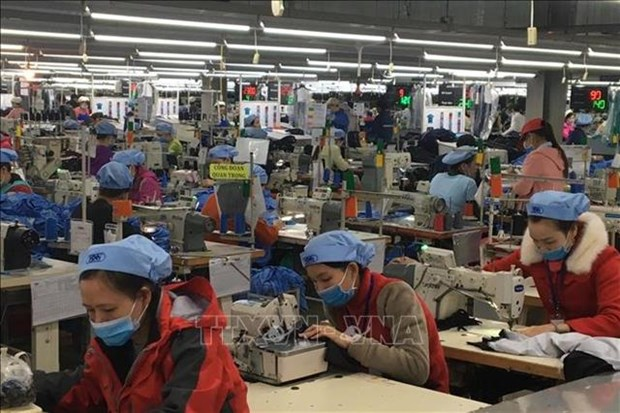 Textile industry hit by on-going trade war hinh anh 1