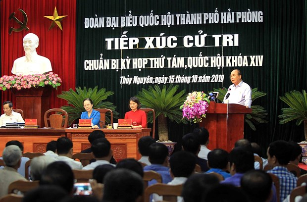 Vietnam to resolutely return foreign waste containers: PM hinh anh 1
