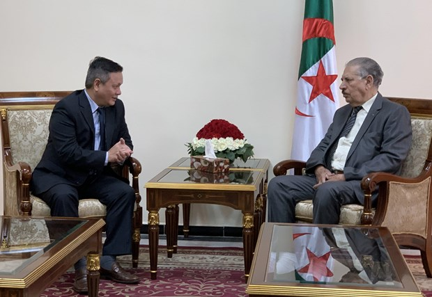 Algerian upper house speaker wants to boost ties with Vietnam hinh anh 1