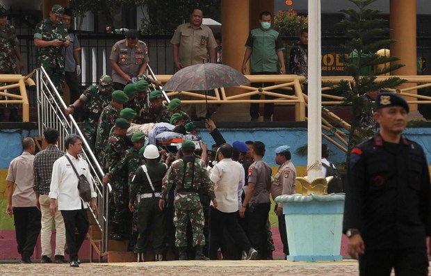 Indonesia arrests 22 terror suspects after minister attacked hinh anh 1