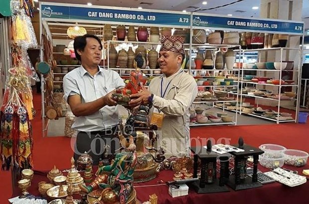 Hanoi Gift Show 2019 features 650 pavilions hinh anh 1
