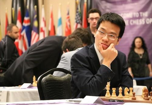Vietnamese player wins sixth match of FIDE Grand Swiss hinh anh 1
