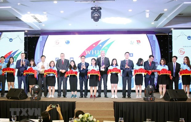 Innovation, startup week opens in HCM City hinh anh 1