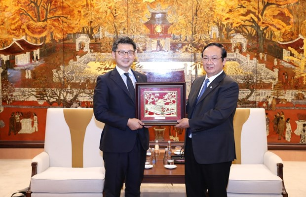 Hanoi boosts cooperation with Japan's Fukuoka prefecture hinh anh 1