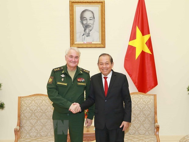 Deputy PM receives Russian Deputy Defence Minister hinh anh 1