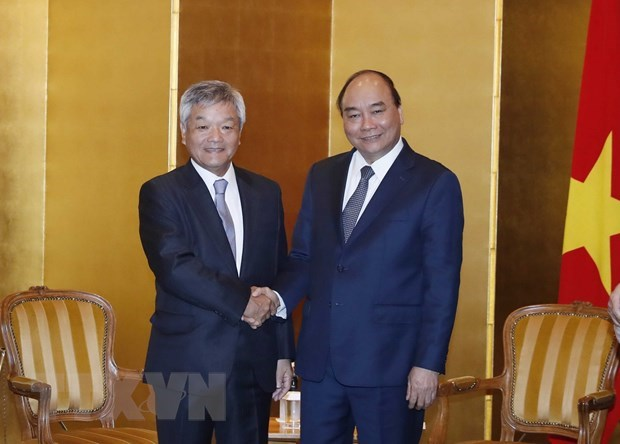 Prime Minister receives leaders of Japanese locality, newspaper hinh anh 2