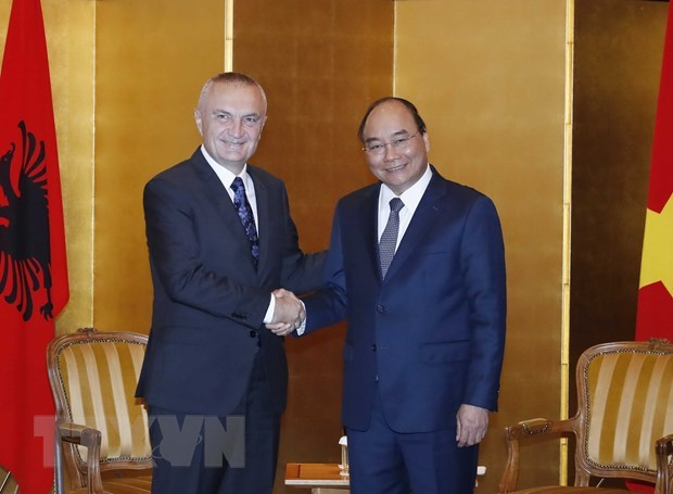 PM meets leaders of Czech Republic, Bulgaria, Albania hinh anh 3