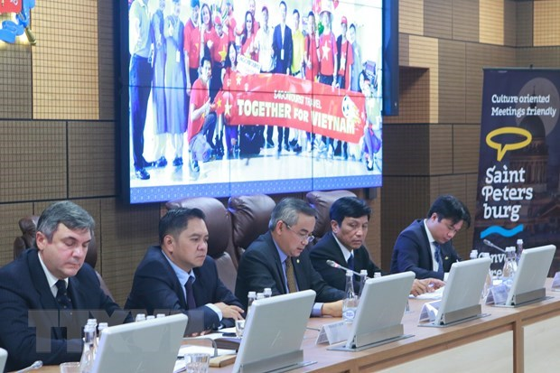 Vietnam promotes tourism in Russia hinh anh 1