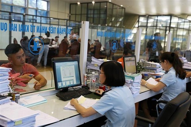 State budget revenue to meet five-year target: MoF hinh anh 1