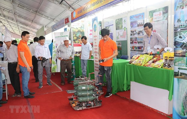 Technology fair, innovative startup festival open in Can Tho hinh anh 1