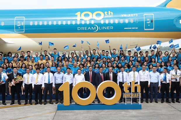 Vietnam Airlines welcomes 100th aircraft to its fleet hinh anh 1