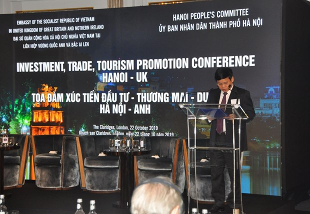 Hanoi hosts investment promotion seminar in UK hinh anh 1