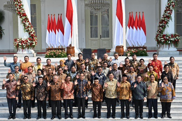 Indonesian President announces new cabinet lineup hinh anh 1