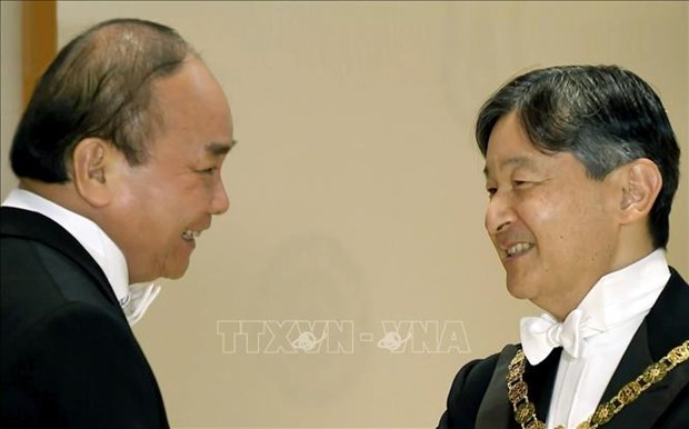 PM wraps up Japan trip for Emperor's coronation ceremony hinh anh 1