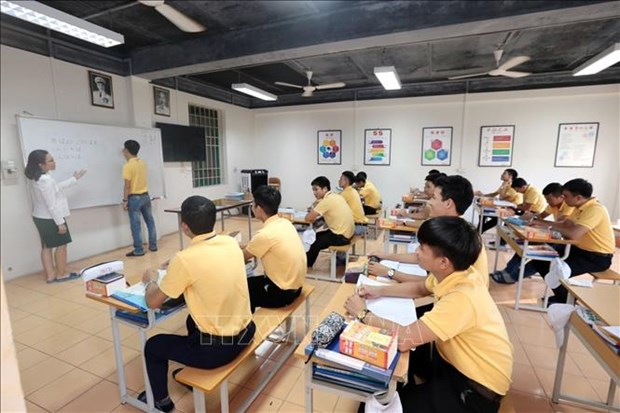 Vietnamese ranked second among foreign alumni working in Japan hinh anh 1