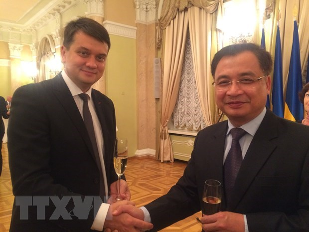 Vietnam hopes to boost parliamentary ties with Ukraine hinh anh 1