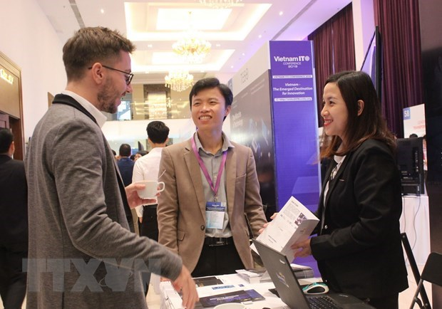 Vietnam IT conference 2019 opens in HCM City hinh anh 1