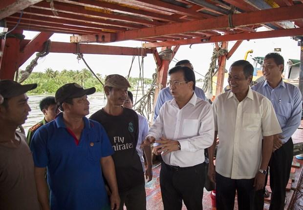 IUU fishing must be eradicated: Deputy PM hinh anh 1
