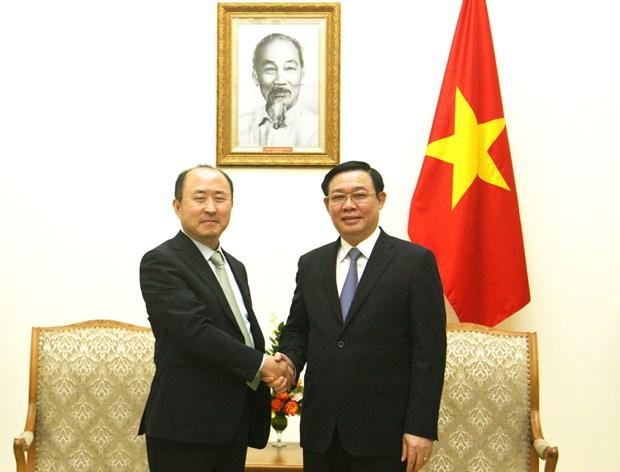 Deputy PM hosts visiting RoK Deputy FM for Economic Affairs hinh anh 1