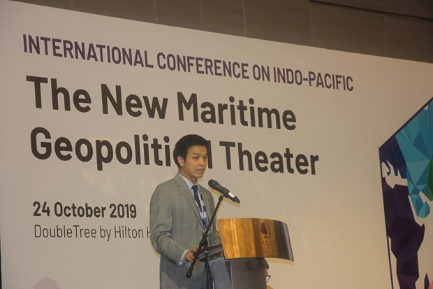 East Sea issue must be settled based on int'l regulations: experts hinh anh 1