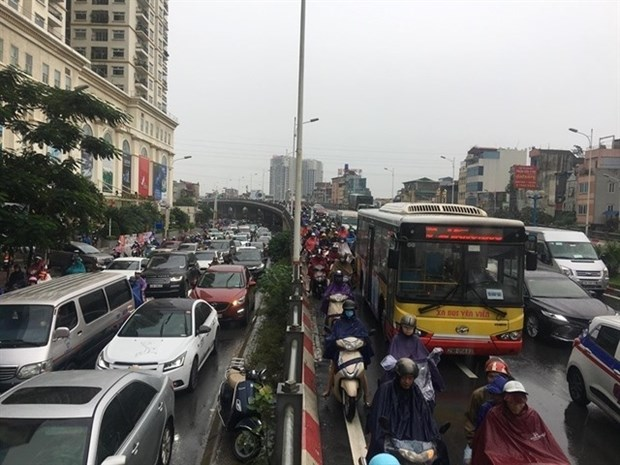 Hanoi to conduct zoning to reduce traffic congestion hinh anh 1