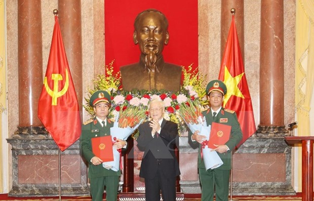 Military officers promoted to Senior Lieutenant General rank hinh anh 1