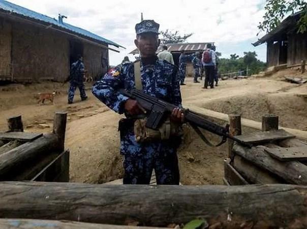 Myanmar: Armed group kidnaps dozens of people in Rakhine hinh anh 1