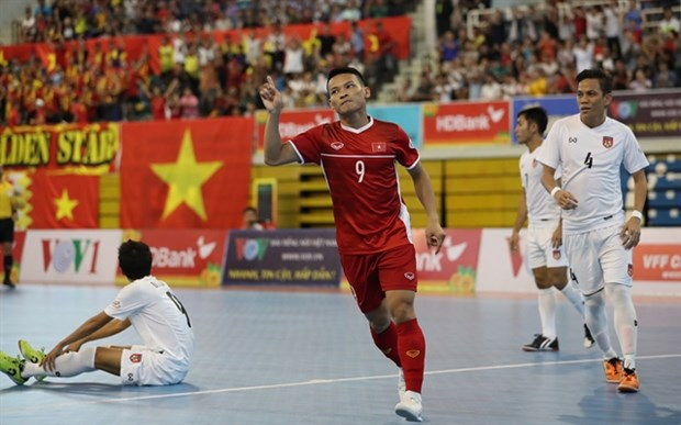Vietnam win bronze medal at AFF futsal champs hinh anh 1
