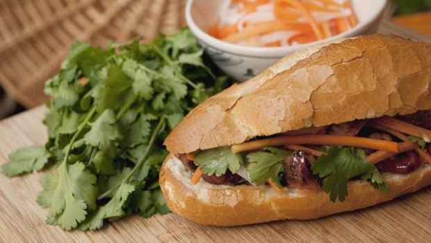 """Story of Vietnamese """"banh mi"""" introduced in foreign newspaper hinh anh 1"""
