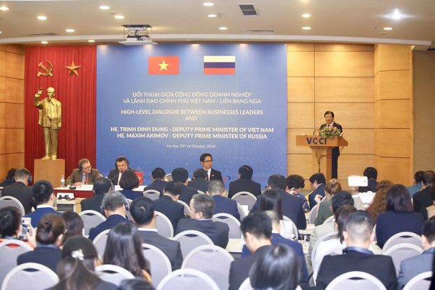 Vietnam, Russia hold high-level government-business dialogue hinh anh 1