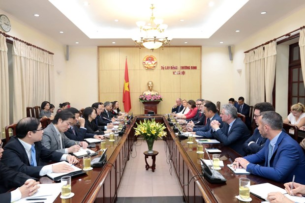 Vietnam links trade development with social security: minister hinh anh 1