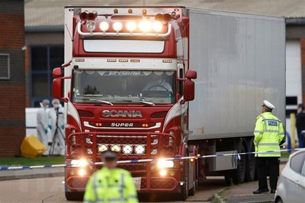 All victims in Essex lorry deaths thought to be Vietnamese: UK police hinh anh 1