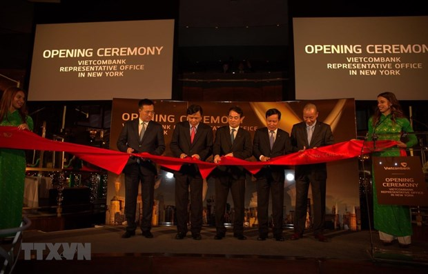 Vietcombank becomes first Vietnamese bank to open rep office in US hinh anh 1