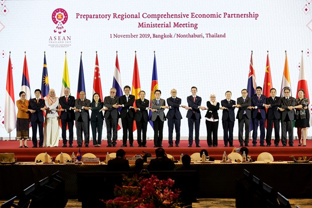Thailand asks for Japan's support to finalise RCEP hinh anh 1